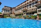 Нощувка на човек + ползване на басейн от Апарт хотел Олимп, Свети Влас, снимка 3
