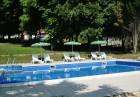 Нощувка със закуска + басейн в хотел Русалка, на 200м. от плажа в кк Чайка. Дете до 12г. - БЕЗПЛАТНО, снимка 2