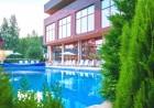 Нощувка, закуска и вечеря на човек + 2 басейна, джакузи и релакс център в НОВООТКРИТИЯ хотел Каталина Ризорт****, Цигов чарк, снимка 5