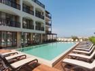 Късно лято на брега на морето в Лозенец! Нощувка в хотел Оазис дел Сол на първа линия, плаж Оазис Бийч, снимка 2
