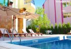 Нощувка на човек + басейн в хотел Серенити, Свети Влас, снимка 7