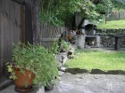 Нощувка за до 5 човека + трапезария, барбекю и басейн в Тачева къща в Боженци, снимка 6