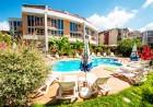 2 или 3 нощувки на човек със закуски + басейн в хотел Копакабана, на 50м. от плажа в Равда, снимка 2