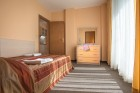 На ПЪРВА линия в Приморско! Нощувка на човек със закуска + басейн в хотел Престиж Сити 2. Дете до 12г. - БЕЗПЛАТНО, снимка 11