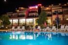 Лято в Созопол на 50м. от плажа! Нощувка със закуска, обяд* и вечеря + басейн в хотел Съни***, снимка 5