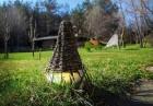 Нощувка за ДВАМА или ЧЕТИРИМА в къщичка направена от камък, глина и дърво от Еко селище, Омая, снимка 27