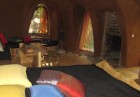 Нощувка за ДВАМА или ЧЕТИРИМА в къщичка направена от камък, глина и дърво от Еко селище, Омая, снимка 14