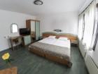 Нощувка на човек в Семеен хотел Зограф, Трявна, снимка 5