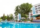 Нощувка на човек със закуска + басейн в хотел Грийн Парк, Златни пясъци, снимка 2