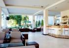 Нощувка на човек със закуска + басейн в хотел Грийн Парк, Златни пясъци, снимка 5
