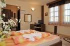 Нощувка със закуска на човек в Семеен хотел Свети Никола, Мелник, снимка 11