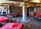Нощувка на човек със закуска и вечеря* в къща за гости Андрееви, Добринище, снимка 15