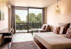 Нощувка на човек със закуска + 2 басейна в хотел Кукс Клуб, Слънчев Бряг, снимка 4
