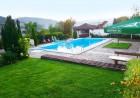 Нощувка или нощувка със закуска на човек + басейн в хотел Зенит, с. Сатовча, край Доспат, снимка 6