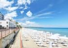 Нощувка на човек на база All Inclusive + басейн, чадър и шезлонг на плажа на 1-ва линия в хотел Парайзо Бийч, Обзор, снимка 3