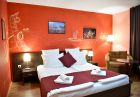 Нощувка на човек + вътрешен басейн от хотел Ида***, Банско, снимка 6