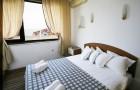 Нощувка на база All inclusive на човек + басейн на 50 м. от плажа от хотел Корона, Свети Влас. Дете до 12г. - безплатно, снимка 9