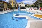 Нощувка на база All inclusive на човек + басейн на 50 м. от плажа от хотел Корона, Свети Влас. Дете до 12г. - безплатно, снимка 11