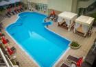 Нощувка на човек със закуска + минерален басейн и релакс пакет в хотел Здравец Уелнес и СПА****, Велинград, снимка 2