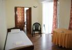 Нощувка на човек със закуска, обяд* и вечеря в хотел Фешеви, Китен, снимка 5
