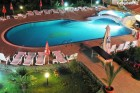 Късно лято в Созопол на 50м. от плажа! Нощувка със закуска + басейн в хотел Съни***, снимка 17