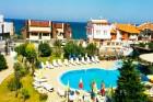 Късно лято в Созопол на 50м. от плажа! Нощувка със закуска + басейн в хотел Съни***, снимка 13