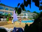 Нощувка на човек на база All Inclusive + басейн в хотел Кини Парк, Златни пясъци, снимка 15