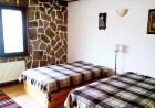 2+ нощувки в самостоятелна къща с капацитет 12 човека + барбекю, къща за гости Дени, Добринище, снимка 4