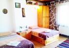 2+ нощувки в самостоятелна къща с капацитет 12 човека + барбекю, къща за гости Дени, Добринище, снимка 7