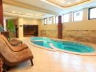 Нощувка на човек със закуска и вечеря + отопляем външен басейн и релакс зона от хотел Винпалас, Арбанаси, снимка 2