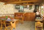 Нощувка на човек + ползване на механа и оборудвана кухня от хотел Престиж***, Арбанаси, снимка 12