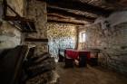 Нощувка в напълно оборудвана и обзаведена къща от Старата ковачница, с. Згурово, обл. Кюстендил, снимка 8