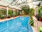 Нощувка на човек + минерален басейн и релакс център в хотел Бац****, Петрич, снимка 3