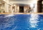 Нощувка на човек със закуска + два басейна и релакс център с минерална вода в Комплекс Зорница, Казанлък, снимка 5