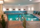 Нощувка на човек + минерален басейн и джакузи в хотел Мегас, Банкя, снимка 3