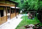 Нощувка на човек със закуска и вечеря + минерален басейн и релакс зона от семеен хотел Алфаризорт Парк, с. Чифлик, снимка 7