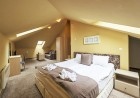 Нощувка, закуска и вечеря на човек + минерален басейн и релакс пакет в хотел Севън Сийзънс, с.Баня до Банско, снимка 2