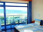 На 50 м. от плажа нощувка със закуска + разходка с ЯХТА в хотел Пенелопе***, Приморско, снимка 5