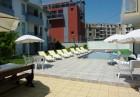 Късно лято в Равда на 100м. от плажа! Нощувка със закуска, обяд* и вечеря + басейн в хотел Сага, снимка 2