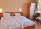 Късно лято в Равда на 100м. от плажа! Нощувка със закуска, обяд* и вечеря + басейн в хотел Сага, снимка 6