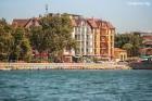Нощувка на човек със закуска + 2 процедури на ден, басейн и СПА в хотел Сейнт Джордж****, на 1-ва линия в Поморие, снимка 2