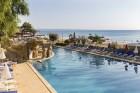 На ПЪРВА ЛИНИЯ в Златни пясъци. Нощувка на човек на база All inclusive + басейн, чадър и шезлонг на плажа в хотел Калиакра Палас****, снимка 29