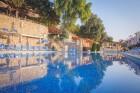 На ПЪРВА ЛИНИЯ в Златни пясъци. Нощувка на човек на база All inclusive + басейн, чадър и шезлонг на плажа в хотел Калиакра Палас****, снимка 10