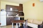 Късно лято на първа линия в Созопол. Нощувка в апартамент за до 3, 5 или 7 човека в Хотел Гардън Бийч, Къмпинг Градина, снимка 15