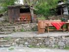 Наем на самостоятелна къща за 2 или 3 нощувки за до 17 човека + ползване на механа от Парлапанова къща, Боженци, снимка 8