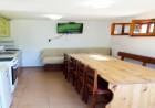 Наем на самостоятелна вила с капацитет до 10 човека + барбекю с камина от къща за гости Шипоко, м. Предела до Разлог, снимка 3