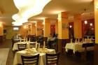 Нощувка на човек със закуска и вечеря + ползване на Руска или Римска баня в парк хотел Дряново, Дряново, снимка 10