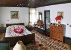 Почивка в Боженци! Нощувка за двама в двойна стая лукс с хидромасажна вана от Шарлопова къща, снимка 5