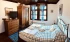 Почивка в Боженци! Нощувка за двама в двойна стая лукс с хидромасажна вана от Шарлопова къща, снимка 11