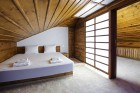 Нощувка на човек със закуска и вечеря + басейн и релакс център в хотел Лещен, с. Лещен, снимка 32